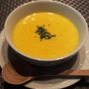 サフラン香る 春色スープ