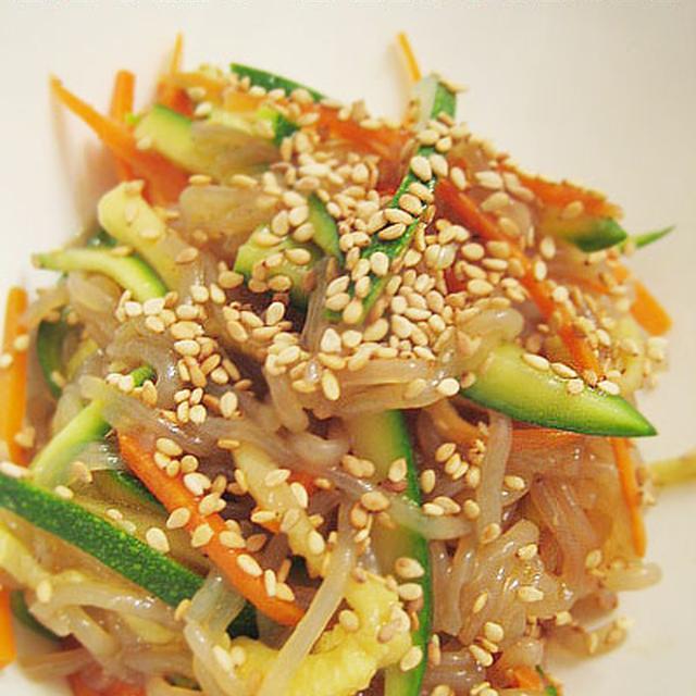 しらたきで韓国お惣菜屋さんのチャプチェ