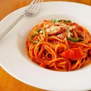 王道料理もこれに任せた!「トマトジュース」を使ったメイン7選