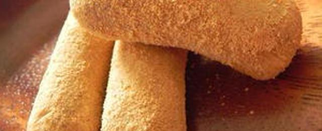 少ない材料でお手軽おやつ♪駄菓子の定番・きなこ棒を作ってみよう!