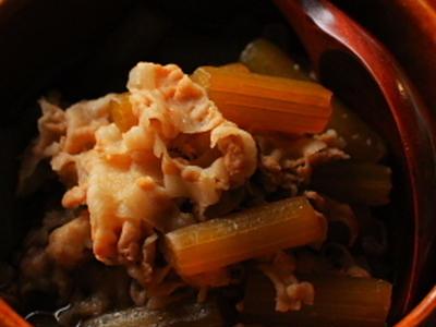 >豚肉と蕗の煮物 by ysykさん