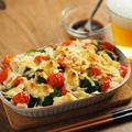 サバ缶とブロッコリーのチーズ焼き、タバスコぽん酢かけ