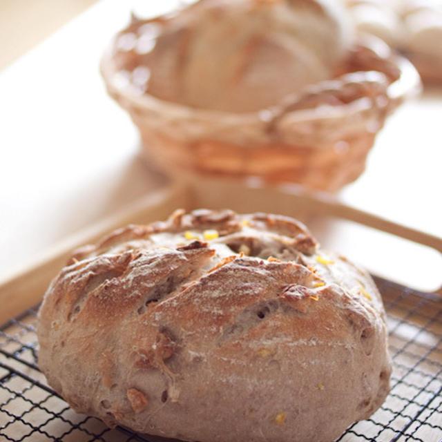 この前の「さくらキッチン おうち呑み」で焼いたパン。