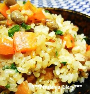 炒り大豆とさつま揚げ・昆布の炊き込みご飯♪