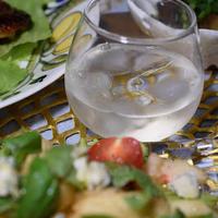 夏にぴったり!ロックスタイルで頂くワインと夏の食卓【写真多数】