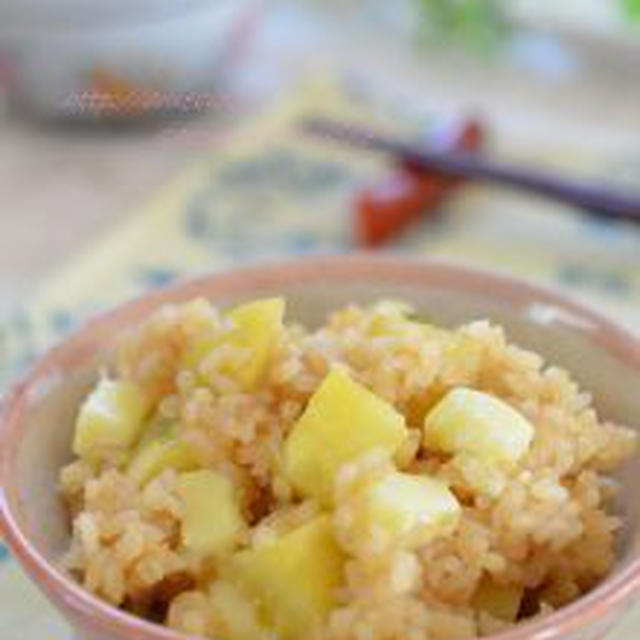 ひと味違う!秋のほっこりご飯✿チーズ入りさつま芋ご飯。