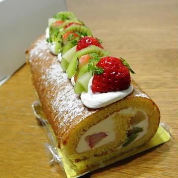 フルーツロールとか、パンとかお弁当とか