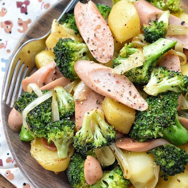 ♡今日のおかず♡ブロッコリーと魚肉ソーセージdeジャーマンポテト♡レシピあり♡