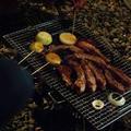 バーベQレシピ<スペアリブ(塩麹入り)&玉葱の串焼き>