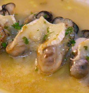牡蠣のカマンベールチーズ・オーブン焼き