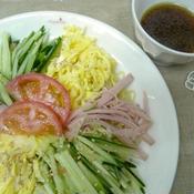 ピリ辛花椒(ホアジャオ)タレの冷やし中華