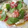 カプレーゼ風♪ 豆腐とトマトとじゃこのしみしみサラダ