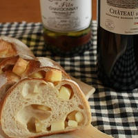 ワインにはチーズ!チーズのパン「フロマージュ」