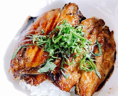 平成最終日はイワシの蒲焼丼