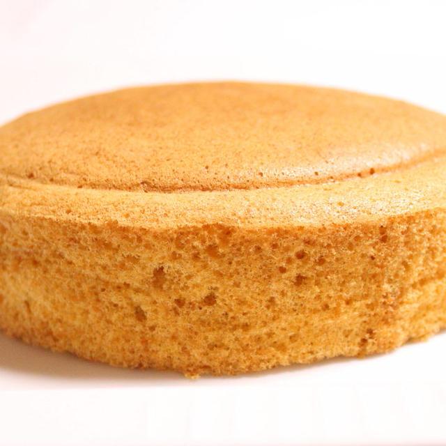太らないスポンジケーキ【#グルテンフリー #低糖質 #きな粉 #アーモンドプードル】