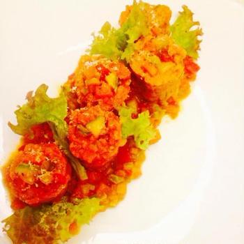 サルシッチャのインヴォルティーノ 野菜のラグーソースで