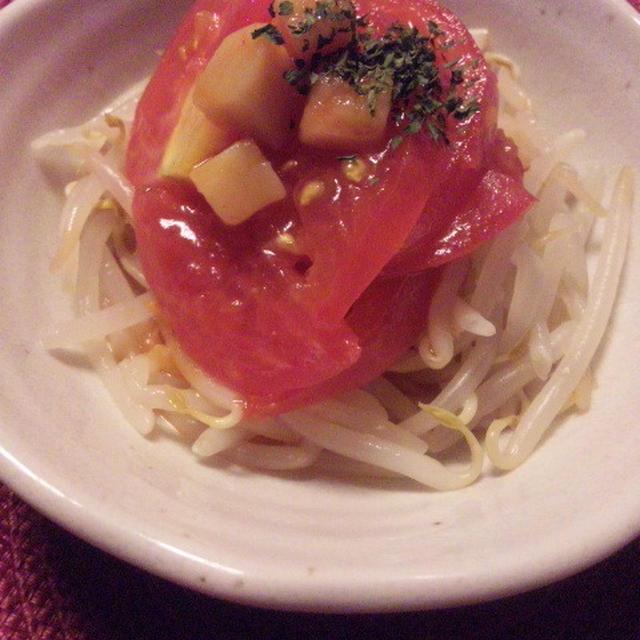 塩麹鮪とシャキシャキ胡瓜のバラちらし寿司&もやしとトマトのサラダ