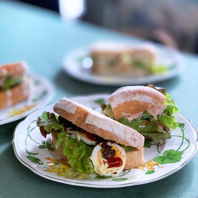 カンパーニュでサンドイッチ♪