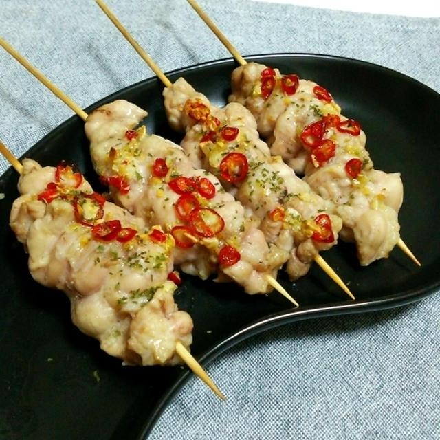鶏せせりのペペロンチーノ焼き