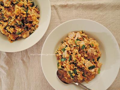 まかない的、豚キムチ納豆炒飯。