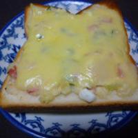 ポテサラチーズトースト