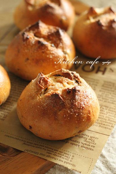 レーズンくるみパン