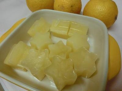 かぼすがたくさん手に入ったら☆ 冷凍かぼす汁編