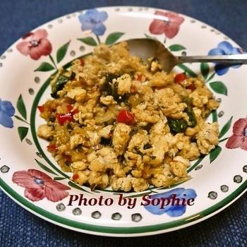 タイ風チキンとバジルの炒め物のレシピ
