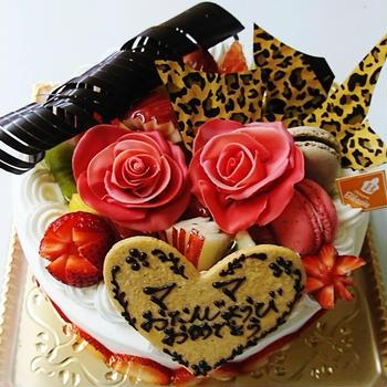 大人かわいいケーキ