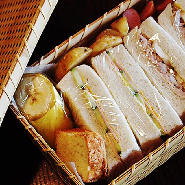 あり合わせのサンドイッチ&今日の1品♪