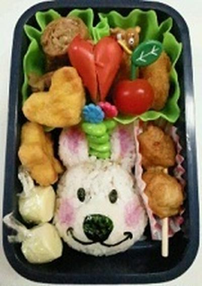 Suzy's Zoo ララ 弁当~~♪ 飾り巻き寿司 レッスン5月 ばら 梅の花