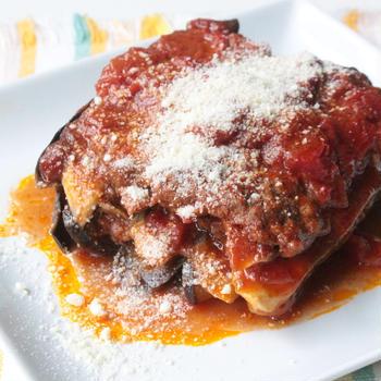 3層に重なる美味しさ!なすとひき肉のラザニア風のレシピ。レンジで簡単作り方。