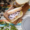 ビール片手にピクニックはいかが? ジューシーな美味しさがヤミツキ♪【めんマヨ鯖サンド】#お弁当 #行楽弁当 #鯖サンド #自炊
