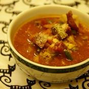 チキンとビーツのスープ
