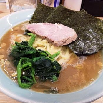 東京・国立駅前の「横浜ラーメン 花笠家」の朝ラー