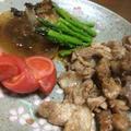 玉ねぎステーキのチャツネソースと豚肉の生姜焼き