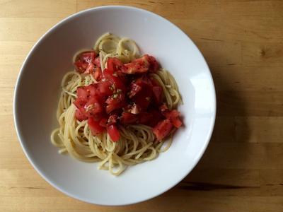 フレッシュトマトの冷たいパスタ × 宮崎の甲州