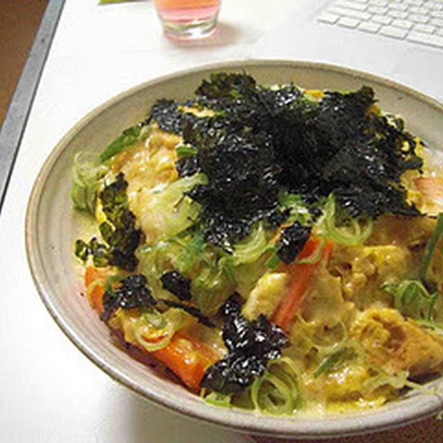 親子丼(Chicken and Egg Rice Bowl)
