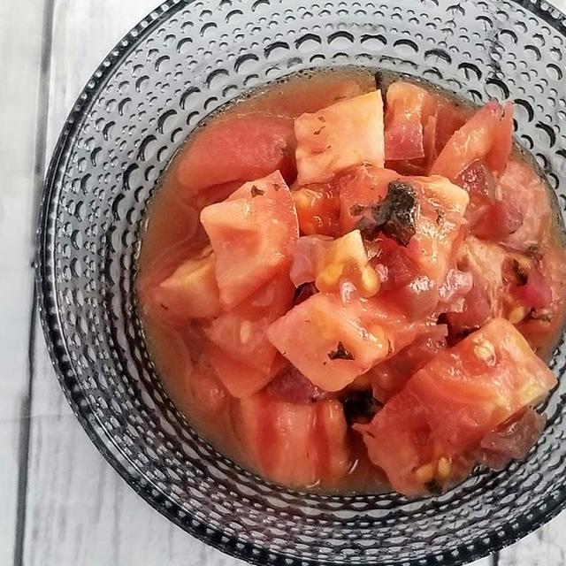 あとひく美味しさ♡カリカリ梅トマト