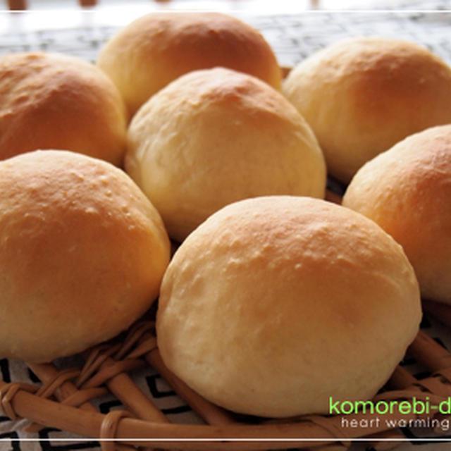 酒粕入りのパンと塩麹豆腐