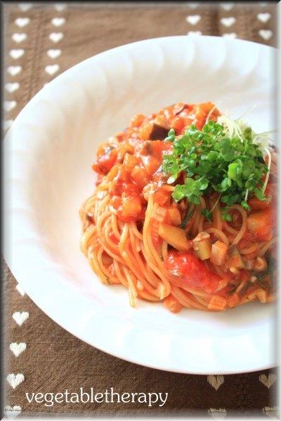 フライパンひとつで☆スパゲッティーニ 茄子とセロリのアラビアータ