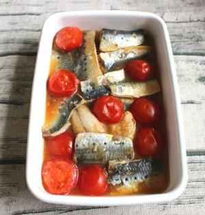 5分でできる簡単な魚の常備菜。いわしとミニトマトの南蛮漬け