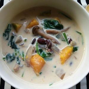 ダイエットにはタンパク質も必須!「豆乳スープ」で痩せ生活