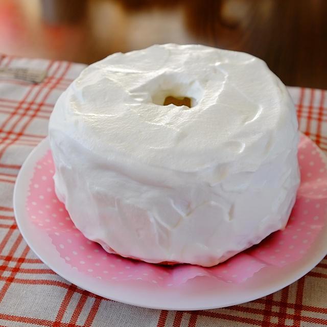 太白ごま油のホワイトシフォンケーキ