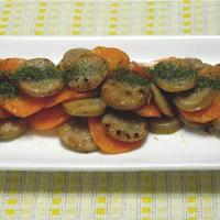 簡単おつまみ!ソーセージとニンジンの塩麹炒めクミン風味。