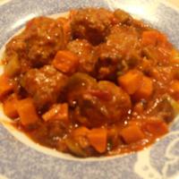 野菜たっぷり ミートボールとトマトスープ