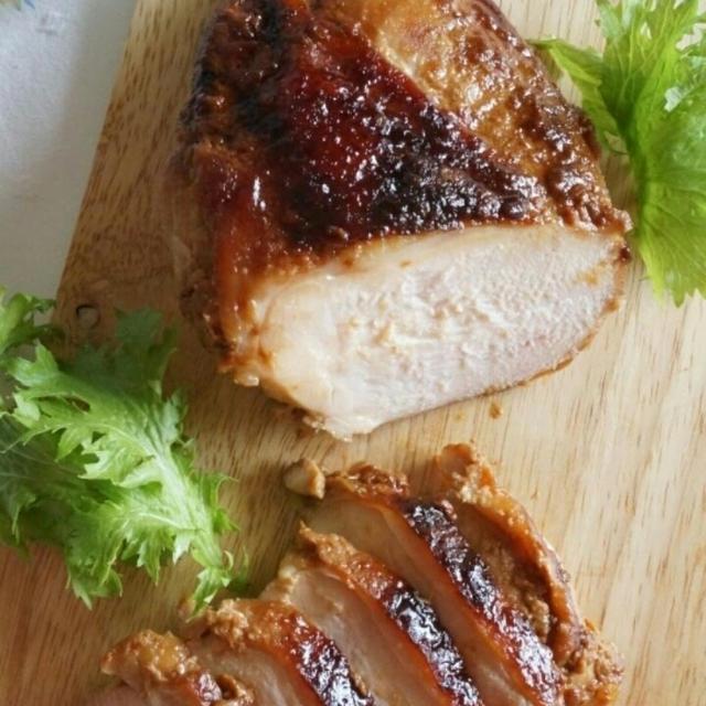 醤油麹で、やわらか鶏むね肉