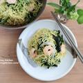 野菜を食べよう!たっぷりほうれん草とプリプリ海老の焼きそば