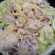豚バラ肉と白菜のコンソメ鍋