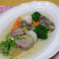 ボリューム満点!カロリー控えめ!豚ヒレとかぶのスープ
